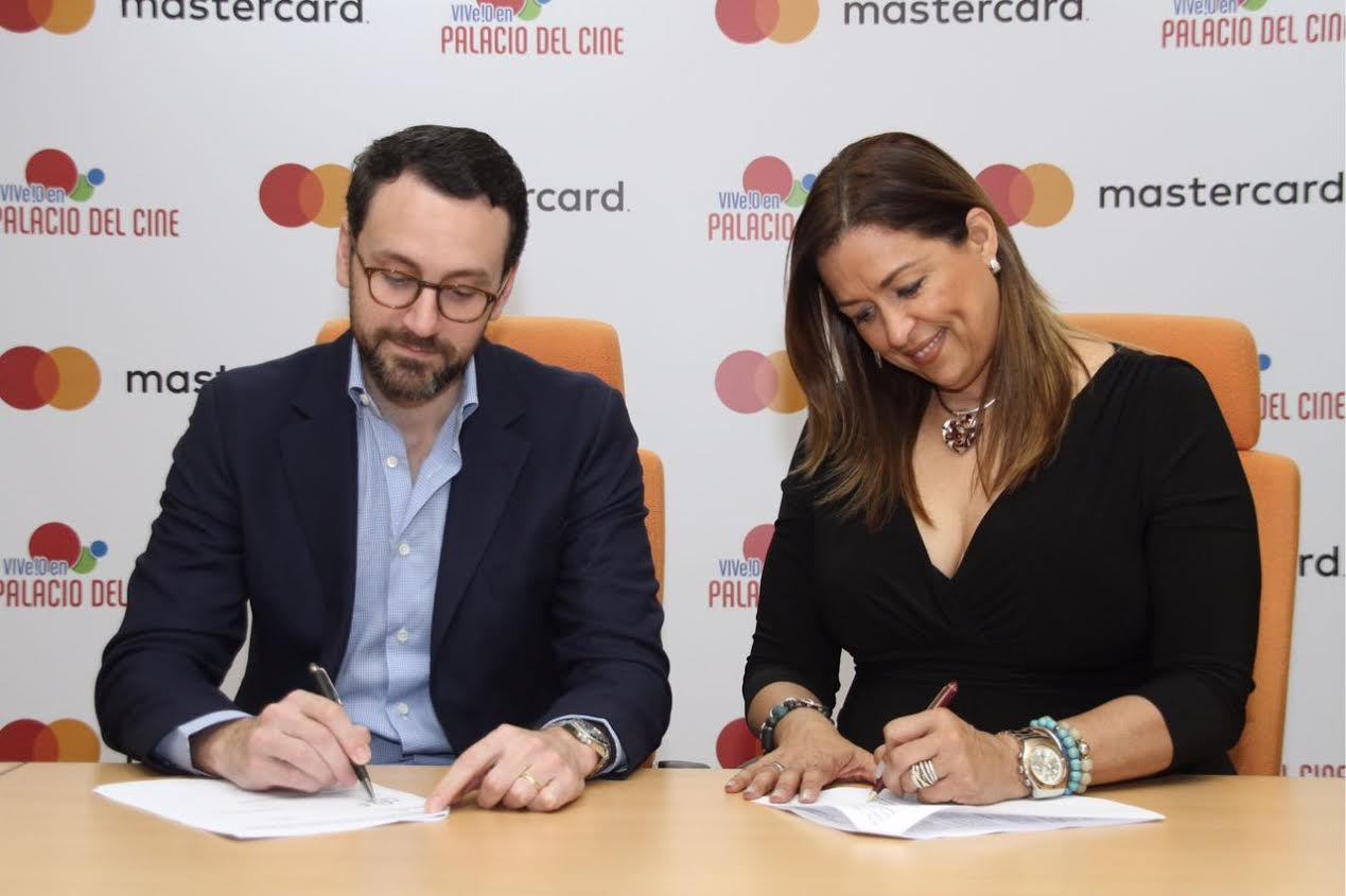Palacio del Cine y Mastercard firman acuerdo comercial