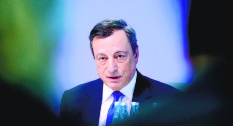 """""""Los bancos centrales están esperando a Mario Draghi para ver cómo desarrolla su política"""", dijo Acket"""