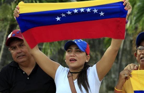 20170731082058_exilio-venezolano-rechaza-y-descono_tn0