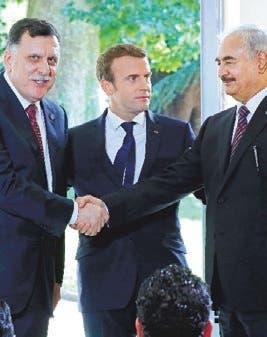 Dos líderes libios rivales declaran alto al fuego