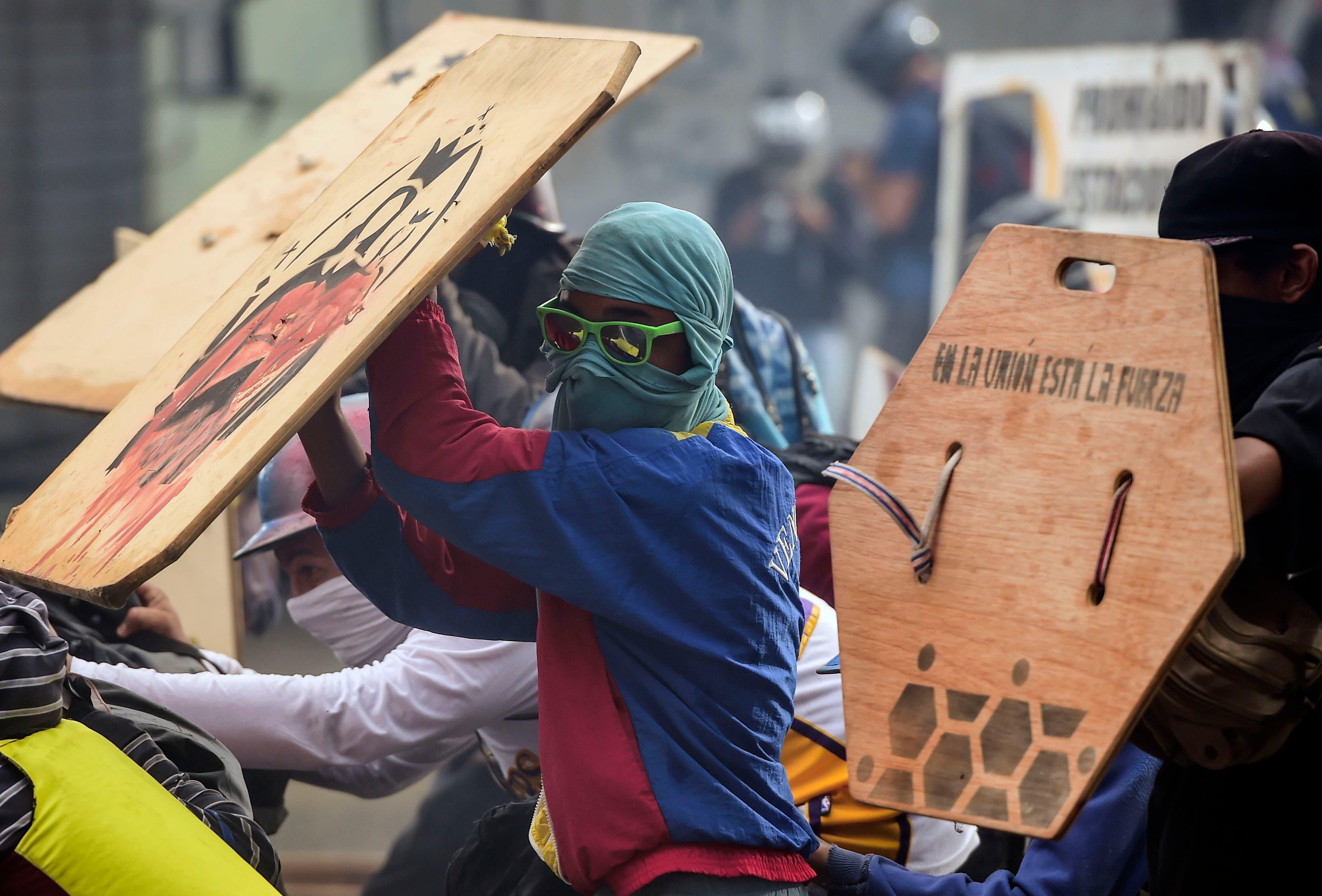 La tensión sube en Venezuela en víspera de una polémica elección