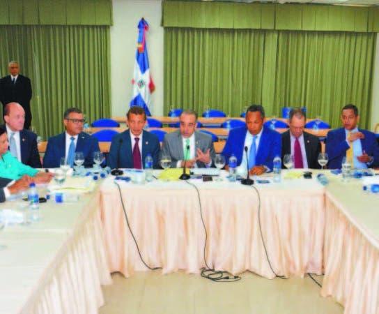 Comisión Bicameral analiza el proyecto de Ley de Partidos Políticos