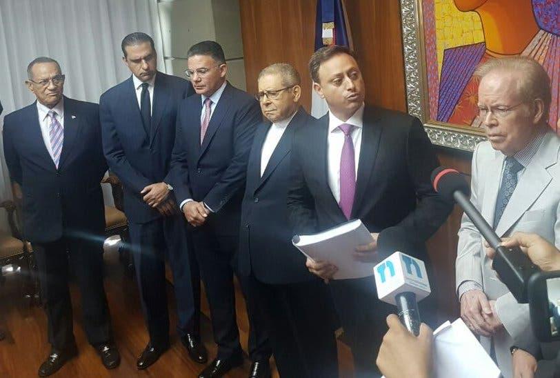 Comisión estudió licitación Punta Catalina entrega informe a la Procuraduría