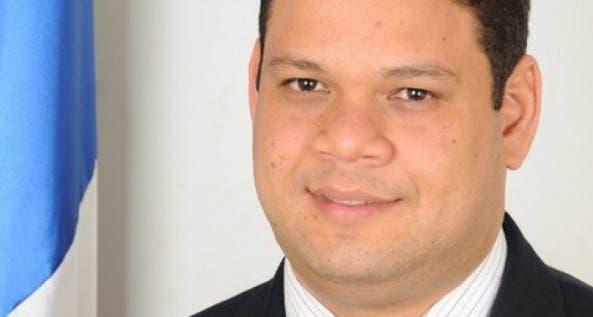 Diputado Víctor Mencía. Foto de Archivo.