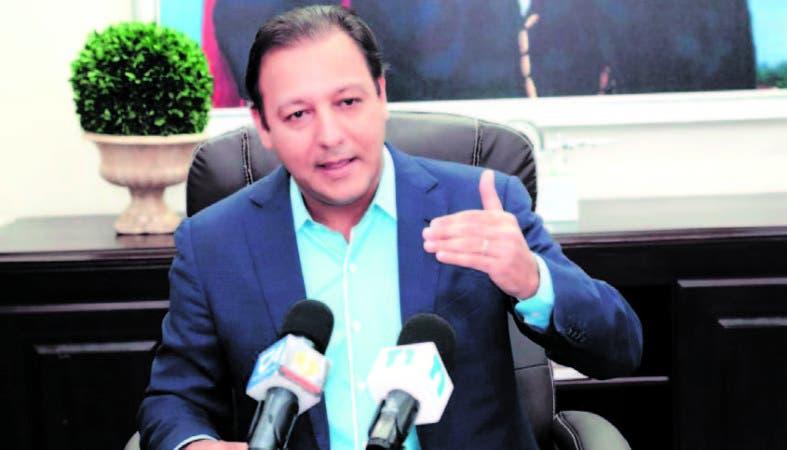 El alcalde Abel Martínez ofreció una rueda de prensa en su despacho