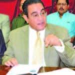 El rector de UASD, Iván Grullón.