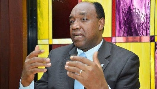 Diputado asegura Medina cuenta con votos necesarios para modificar Constitución