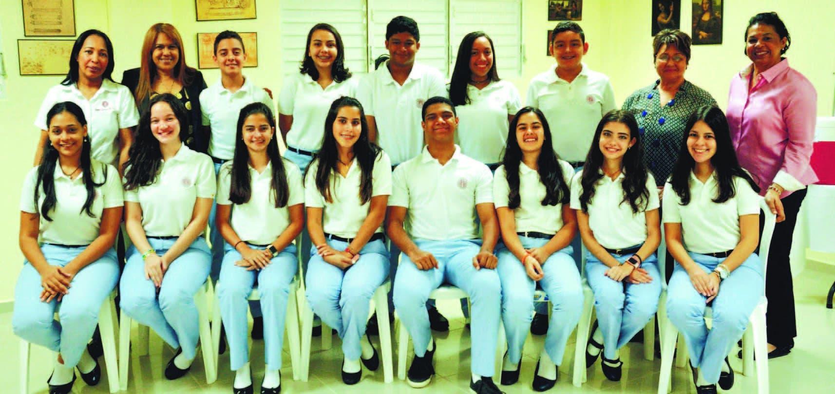 Estudiantes del Instituto Leonardo Da Vinci, de Santiago, contaron a La Esquina Joven de Hoy su experiencia luego de participar en el concurso de ensayos, el cual les permitió descubrir su pasión por la escritura.