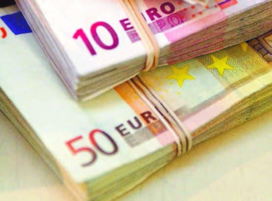 Francia insiste   les devuelvan el dinero por   Brexit