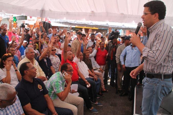 Operativo en Sector La Zurza, encabezado por el alcalde del Gran Santo Domingo David Collado. Fuente externa 09/07/2017