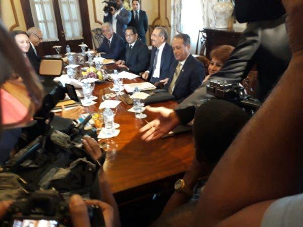 Los miembros del Consejo Nacional de la Magistratura. Foto: Odalís Mejía.