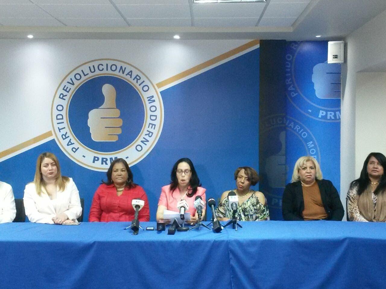 """Condenan declaraciones del Medina porque """"denigran la dignidad de la mujer"""""""