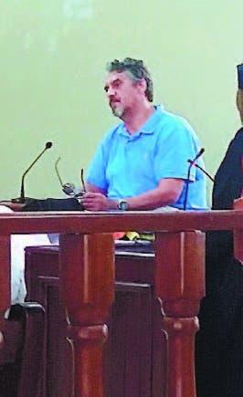 Rechaza declarar extinción de caso acusado clonar TC