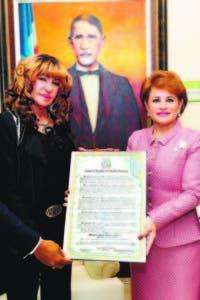 La artista fue reconocida por sus aportes a la música popular