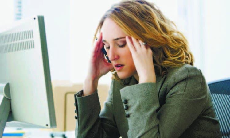 """La constante presión ocupacional puede llevar al trabajador al síndrome de """"b u rn o u t """" o quemado"""
