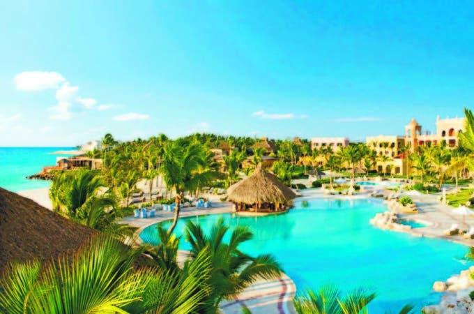 La estabilidad fiscal del sector turismo es un tema muy importante, según señaló Santos.