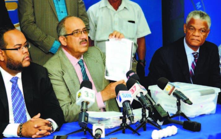 Tribunal ordena apertura a juicio por demanda ministro Peralta contra Leonardo Faña