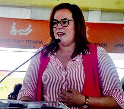 Ministra de la Mujer, Yanet Camilo