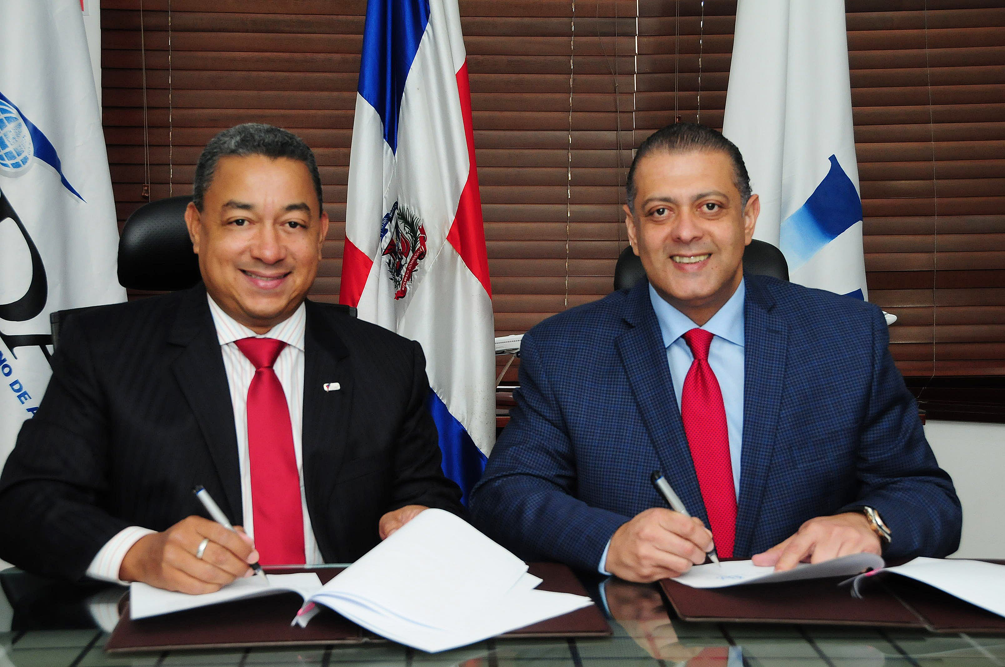 IDAC y la JAC firman acuerdo interinstitucional para implementación de interoperabilidad