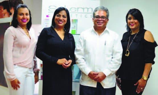 Nataly González, Yanira López, Freddy Santos y Andrea Tejeda