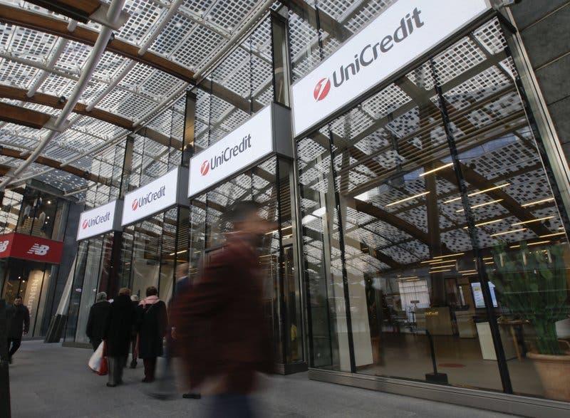 Hackean datos de 400 mil cuentas de Unicredit, el banco más grande de Italia