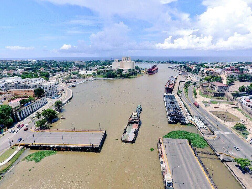 Algo histórico: vea en video cómo los ríos Ozama e Isabela quedaron libres de desguace