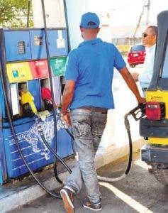 Gasolinas y gasoil bajan pero GLP sube
