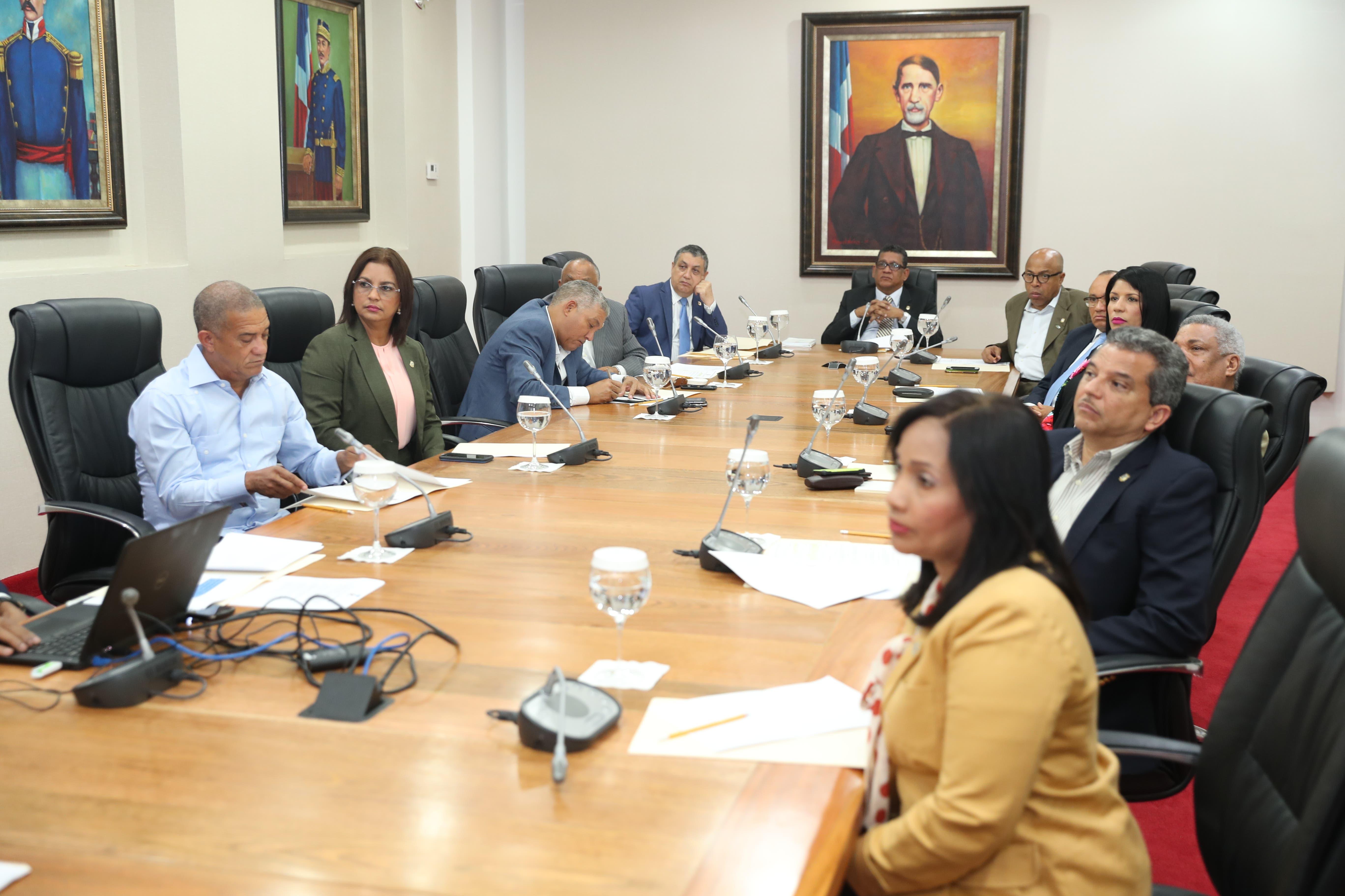 Rubén Maldonado anuncia primer Foro Legislativo en Santo Domingo Norte