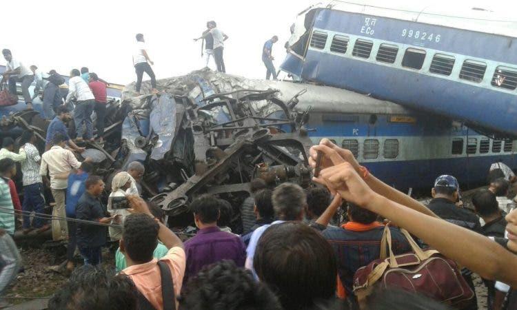 Se eleva a 23 el número de muertos por descarrilamiento de tren en la India