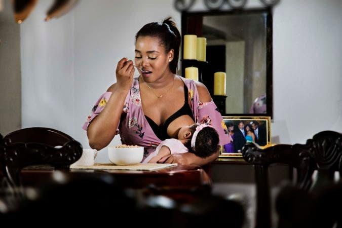 Lla doctora Danny Matos Martínez y su bebé Valentina Rosario Matos, de 2 meses y 27 días.