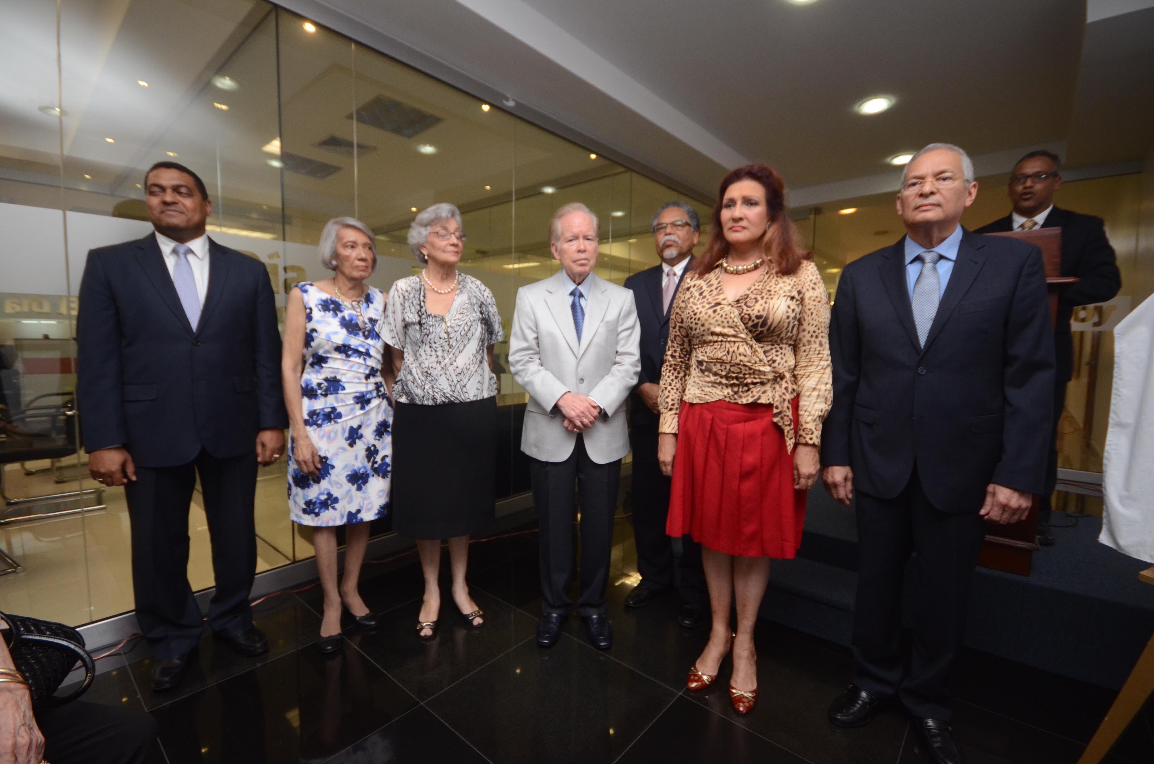 ceremonia de reconocimiento en el Periódico hoy. Pedro Sosa