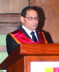 El presidente del Poder Judicial, Mariano Germán, habla en el acto