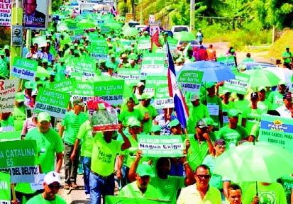 Munícipes de Nagua se unen a la Marcha Verde