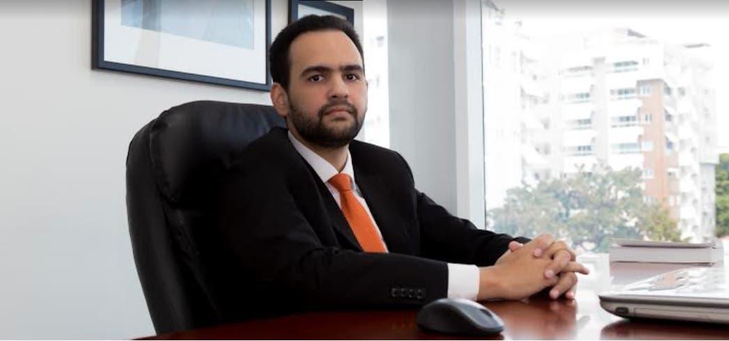 Especialista pide al Gobierno mano dura contra los evasores de impuestos