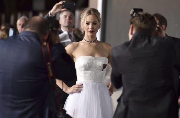 Jennifer Lawrence .