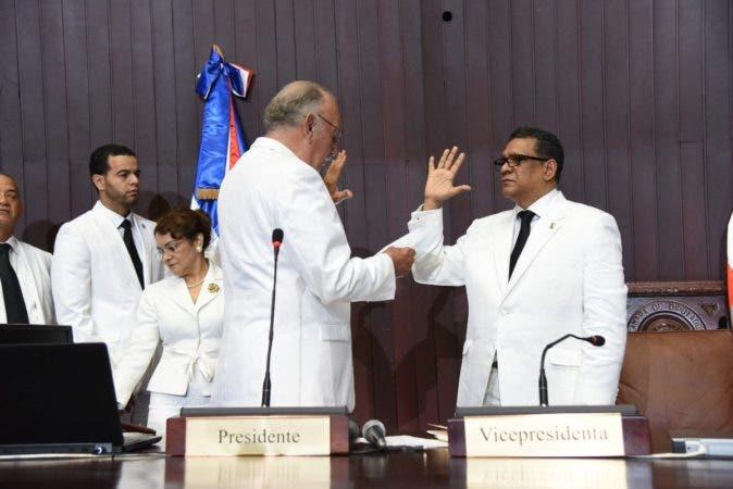 Cámara de Diputados ya eligió bufete directivo  e inició segunda legislatura