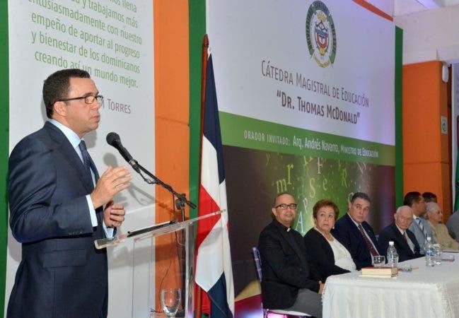 Andrés Navarro.