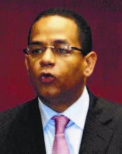 Senadores someten proyecto ley ministro Defensa será  civil