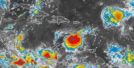 Tormenta tropical Harvey transita al sur del país