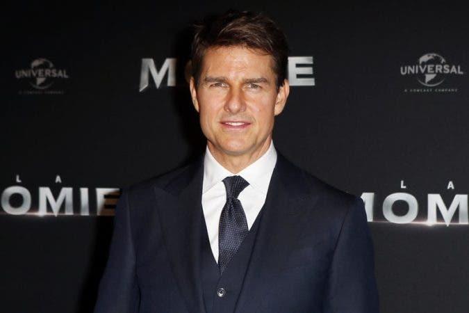 Tom Cruise .