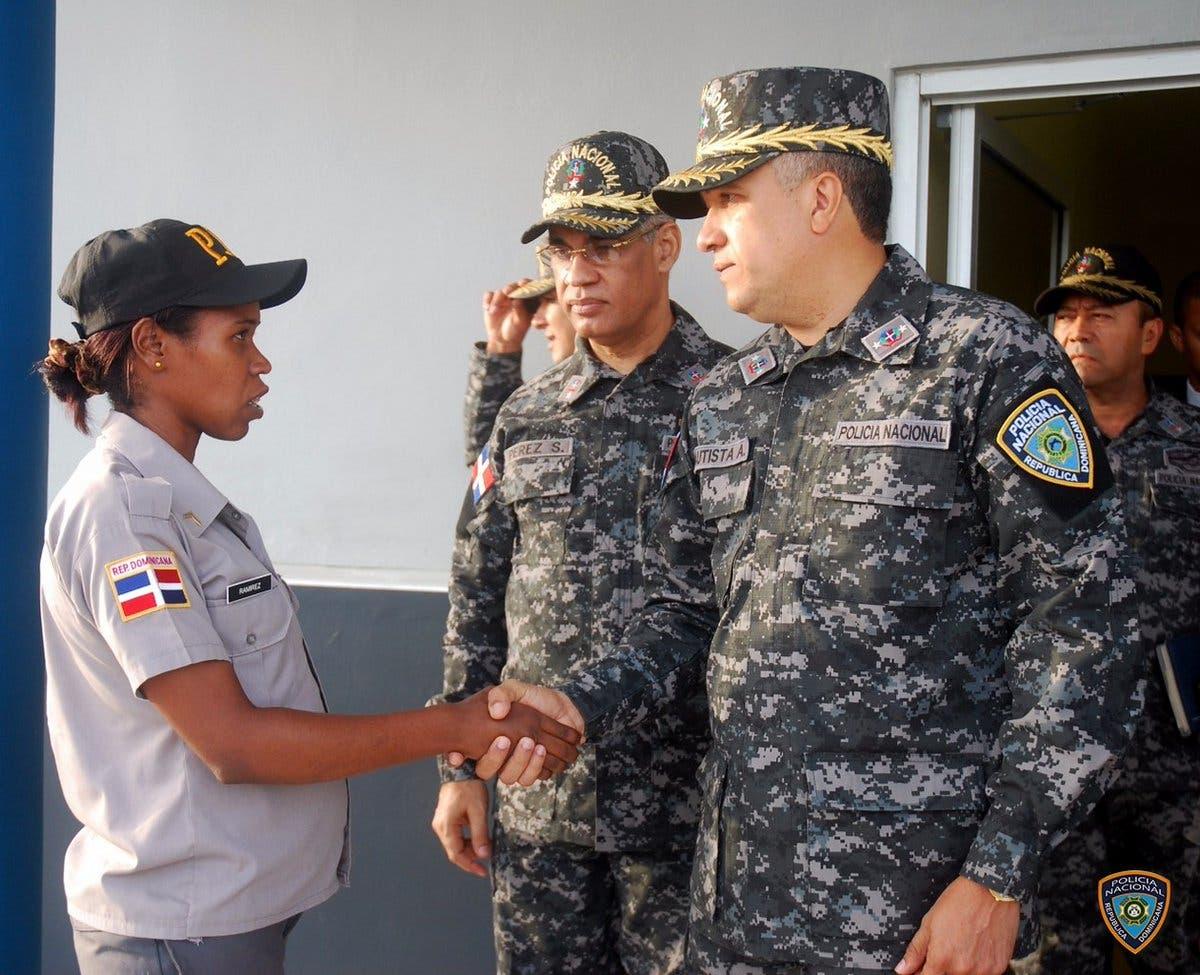 Director PN inspecciona destacamento Ciudad Juan Bosch
