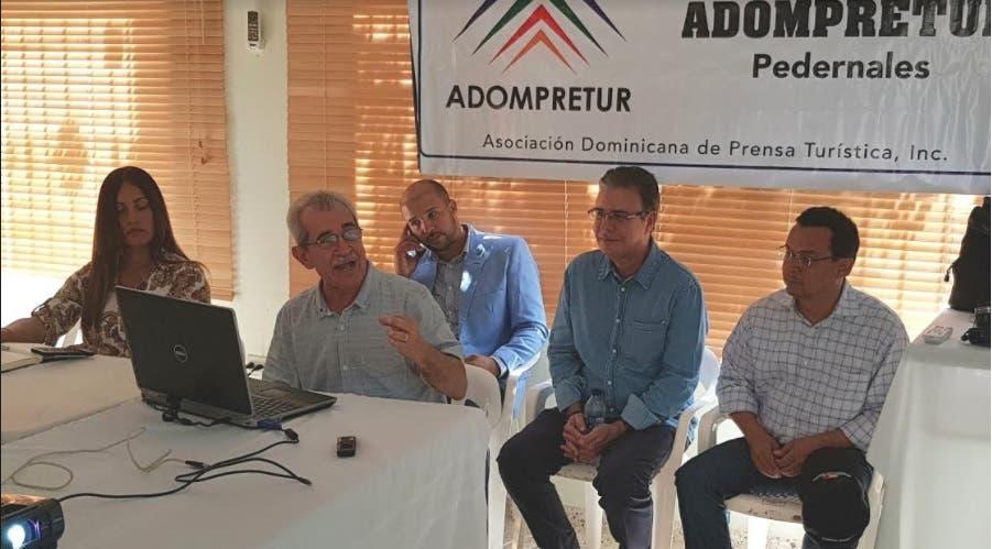 Experto exhorta a crear bases para el desarrollo turístico sostenible en  Pedernales