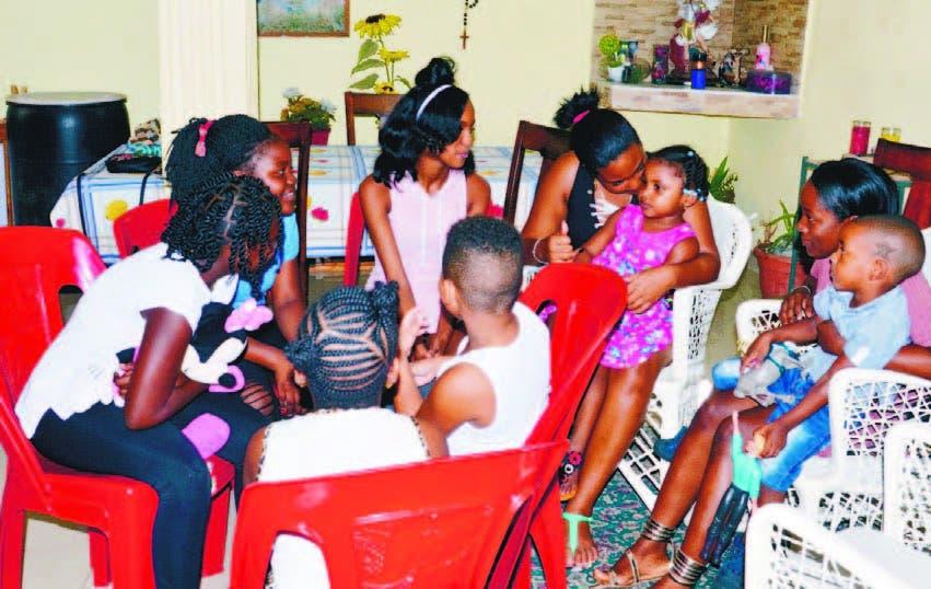 De una sola familia fueron ocho niños y dos adolescentes los que fueron trasladados al país
