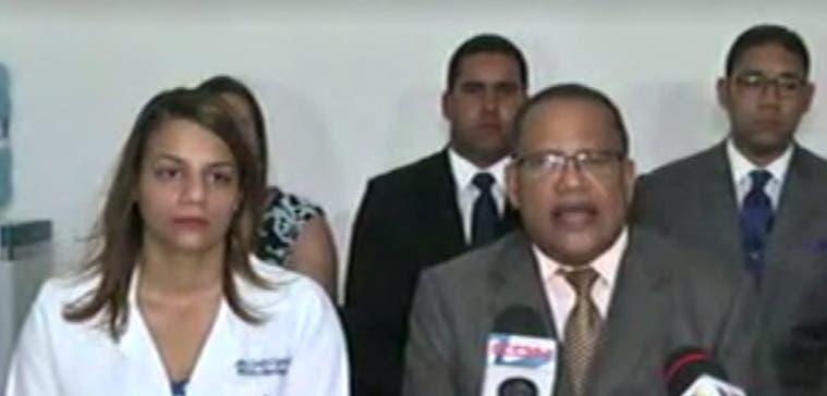 Doctora que atendió a la joven embarazada Emely Peguero dice que no participó en su asesinato