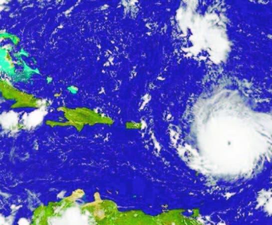 En Dominicana se sentirán los golpes de Irma esta madrugada