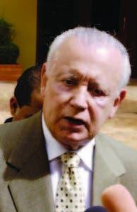 El doctor Rafael Alburquerque.