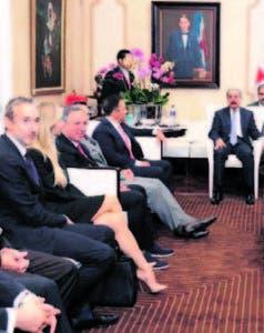 Empresarios y Danilo Medina