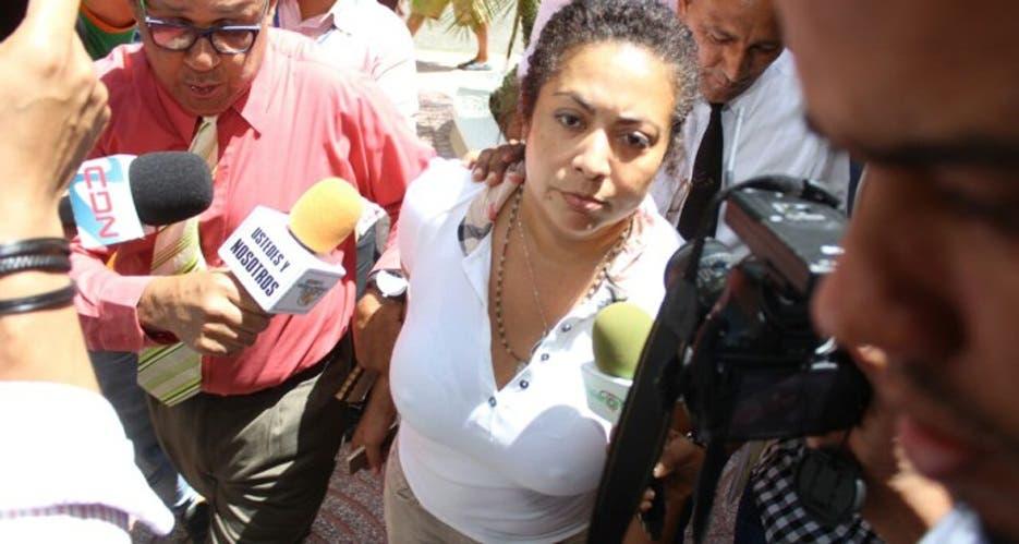 Tribunal ratifica prisión preventiva a Marlin Martínez por caso Emely Peguero