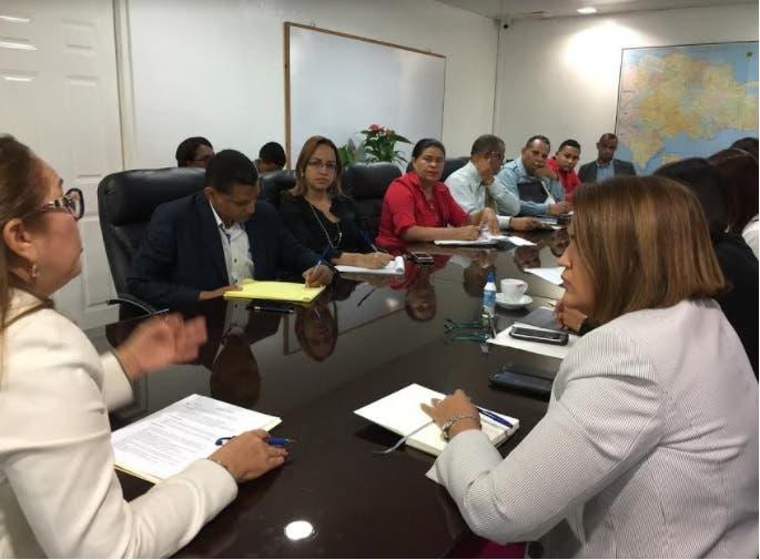 Plan Social dispone 10 centros de acopio ante posible paso de Irma