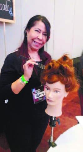 Estilista Grey Ramírez participa en Simposio Internacional de Belleza